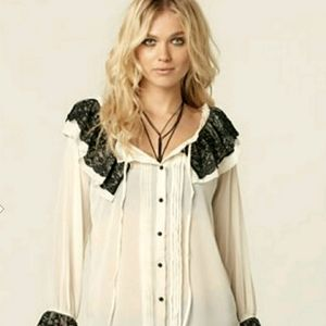 ANDREW CHARLES LACE POET BLOUSE